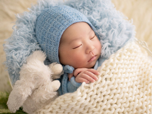 what you need to know about arranging a newborn session at home