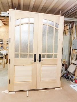 Entry door made out of sapele mahogany