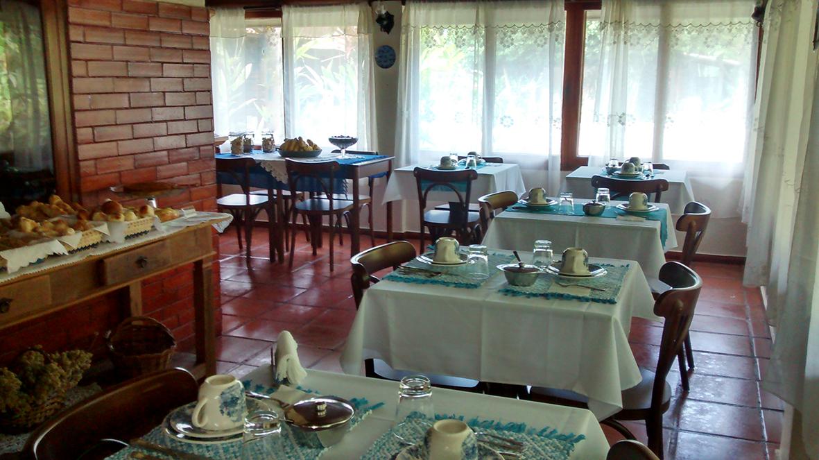 Salão onde é servido o café da manhã