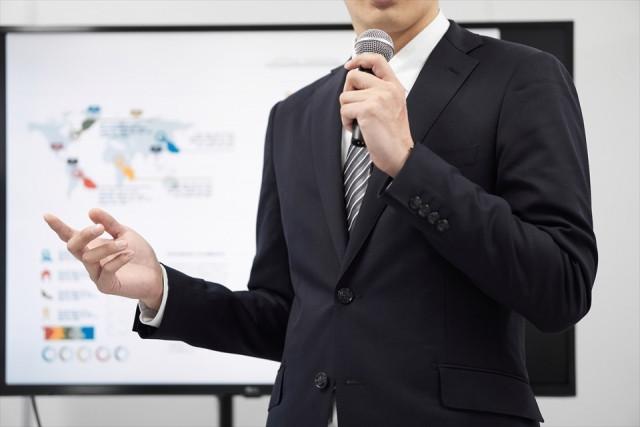 今なぜ外国人材か? - 日本で活躍する外国人材の現状と実態