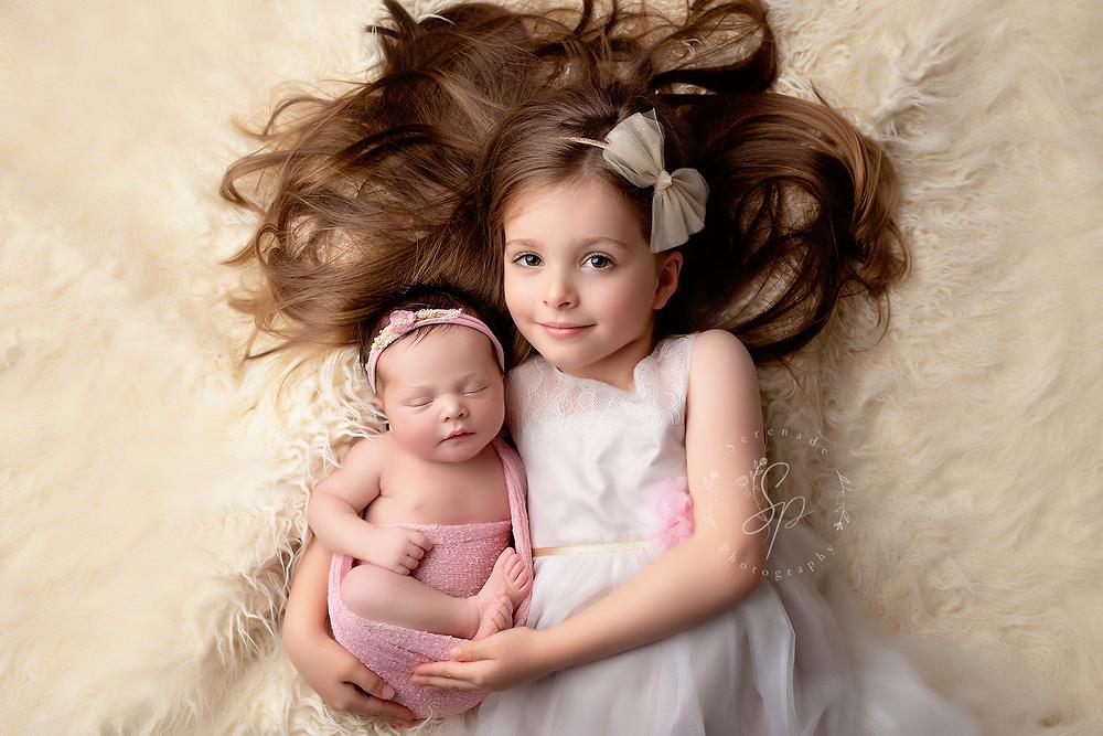 newborn sibblings shoot Chester