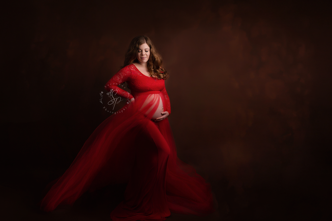 maternity session cheshire.png
