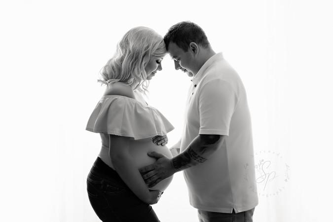maternity session cheshire.jpg