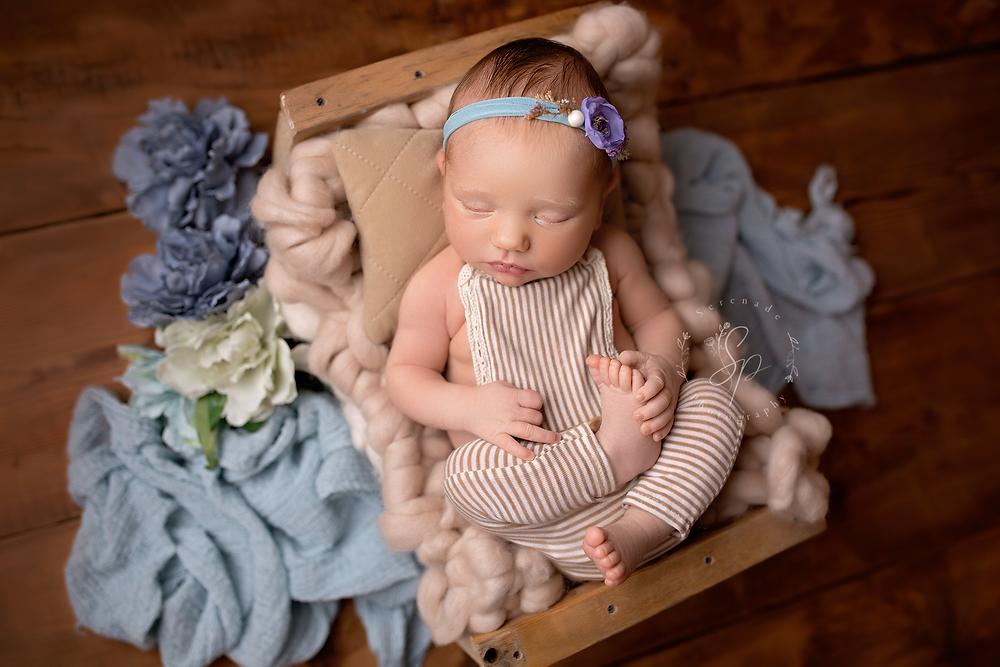 newborn photos Cheshire