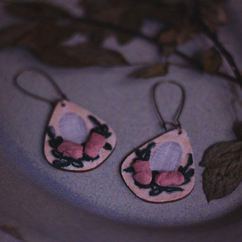 Dusty Pink Rose Drop-Shaped Earrings