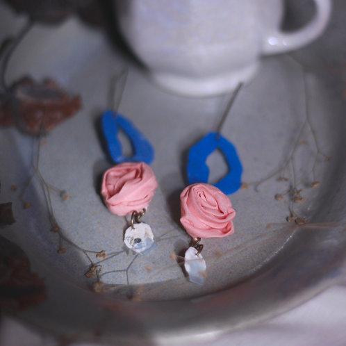 Peach Rose Tiered Abstract Loop Earrings
