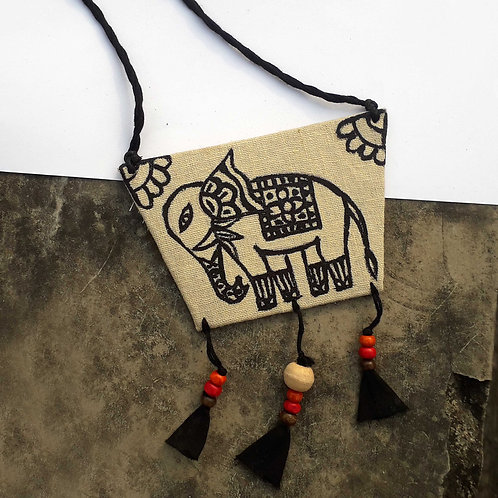 Hastini Necklace