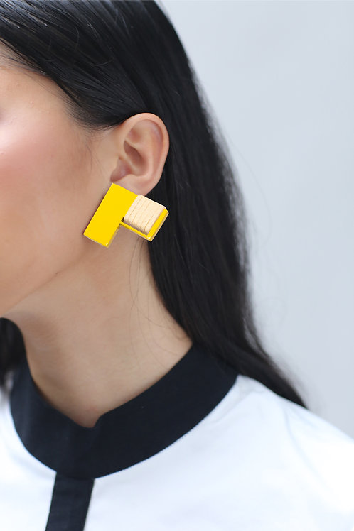 """Awe"" In Cotton White & Bright Yellow Clip On Earrings"