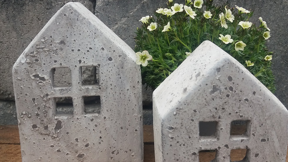 Beton-Haus gross