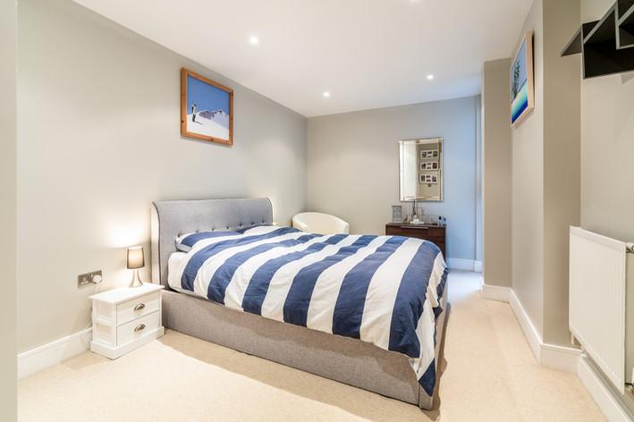 326 Denison House_London_02-10-2020_03.j
