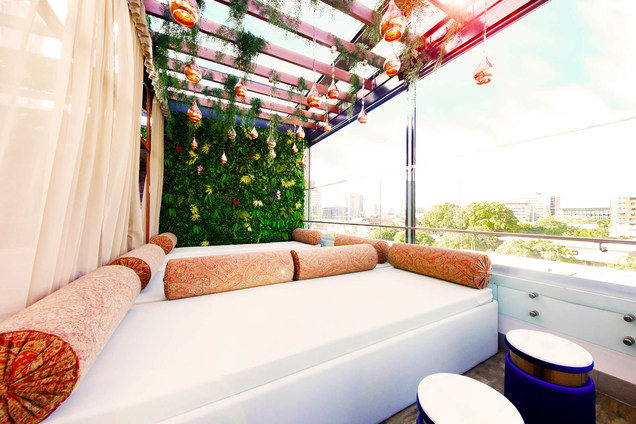 The Oasis Daybeds