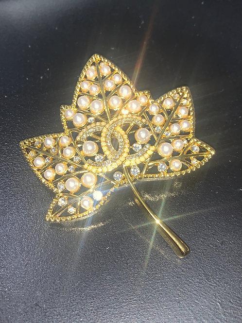 Luxury Leaf Pin -- GOLD