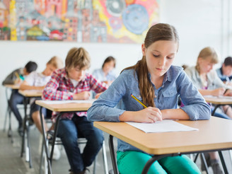 AI Aces an Eight-grade Science exam... and that's a big deal! (it's a surprisingly knotty ta