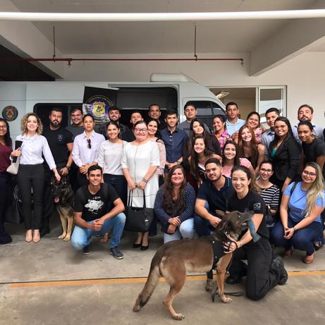 10º SEMESTRE - Acadêmicos de Direito fazem visita técnica à sede da Polícia Federal