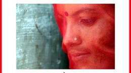 L'indienne au sari rouge