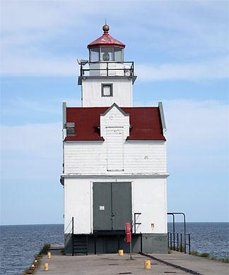 Kewaunee lighthouse.jpg
