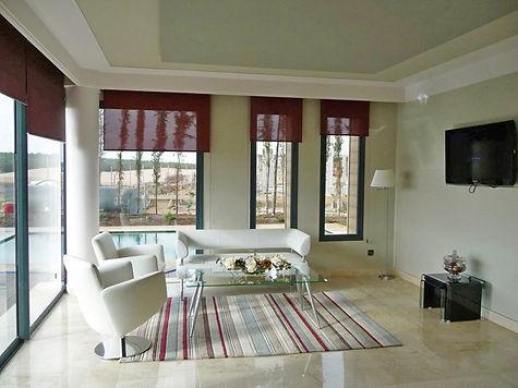 Crema-marfil-indoors-bungalow-.jpg