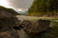 yakutat alaska lodge hotel bed and breakfast fishing Yakutat Lodging