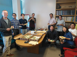 Winter holiday party w/ Hunt lab 2018