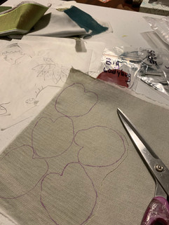 Cutting out appliques