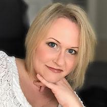 Holly Helkey Larsen