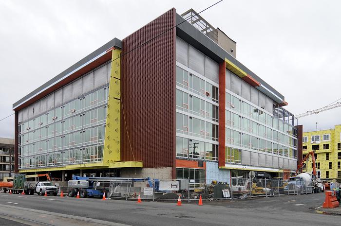 Hotel Eastlund Construction