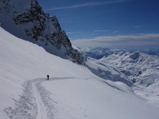 Ski touring in les Aiguilles Rouges