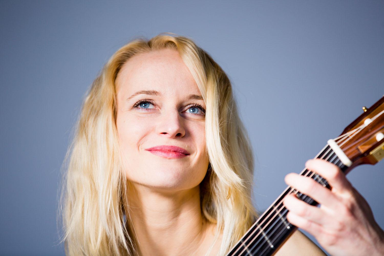 Ieva Baltmiskyte - classical guitari