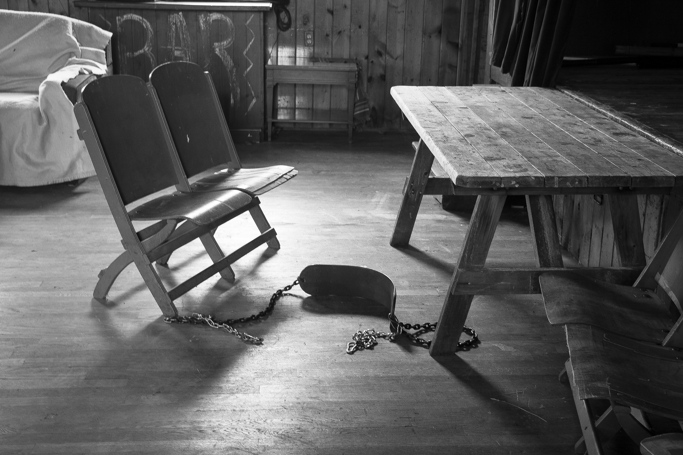 chairs swing bw