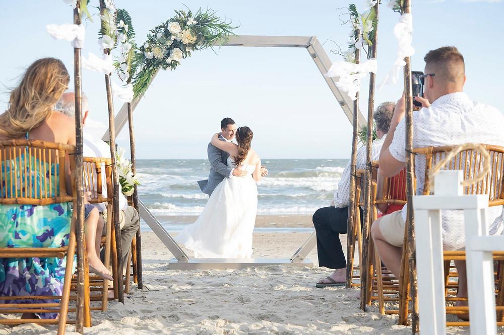 Plan your destination wedding in Myrtle Beach at Grand Palms Resort formerly plantation resort