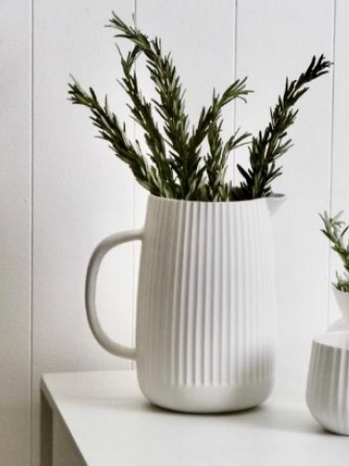 Flax Amity Jug White 20cm