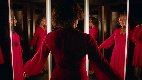 In Fabric - Peter Strickland