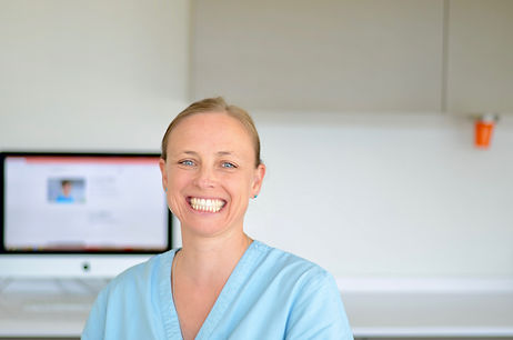 Delphine-Cordey-dentiste-bulle
