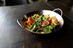 Tofu with stir-fry vegetables