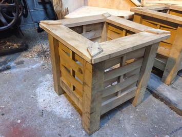 Handmade Oak Planter 1.jpg