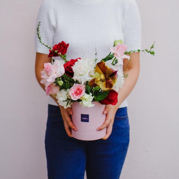 Flower Hatbox (Red & Pink)