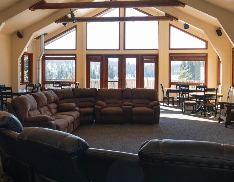 Dog-Creek-Lodge_Homepage-Slide14.jpg