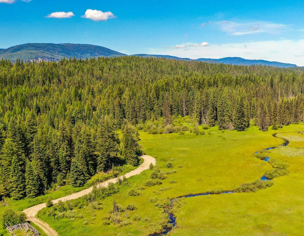 Dog-Creek-Lodge_Homepage-Slide18.jpg