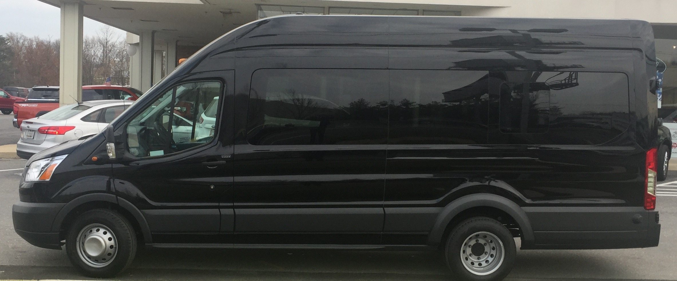 14 Passenger Hightop Van/Luggage