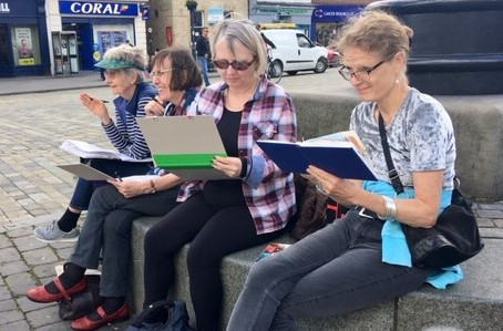 Sketching Boston Street Life with a lovely group of people this spring