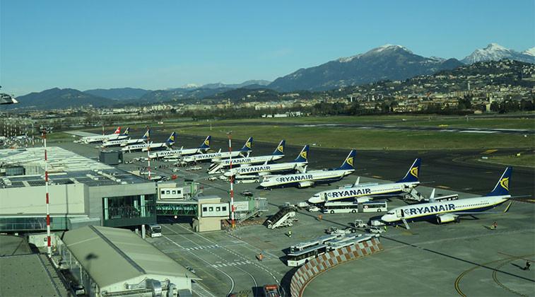 L'aéroport de Milan Bergamo (Bergame) est situé à 45 knm de Milan