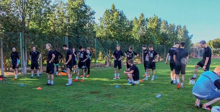 L'équipe de Nest-Sotra à l'entraînement à deux pas du Jardin aux Etoiles