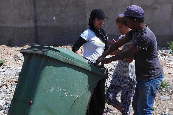 Taroudant : des jeunes veulent nettoyer la ville de ses détritus en tous genres, mais...