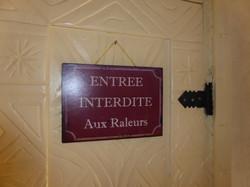 Un peu d'humour sur la porte