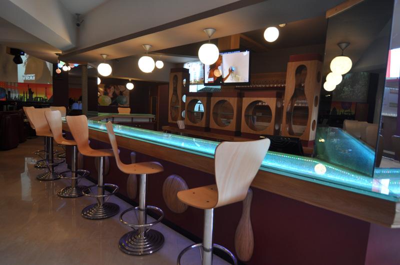 Safari Cocktail Bar
