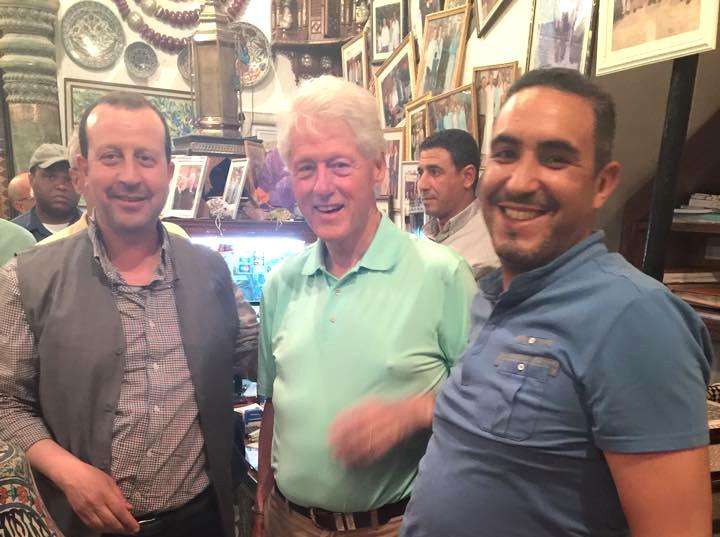 Bill Clinton au souk de Marrakech