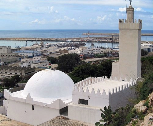 Sidi Bouknadel, saint patron d'Agadir, a son sanctuaire au pied de la colline de la Kasbah