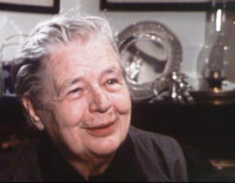 Marguerite Yourcenar séjourna à deux reprises à Taroudant, en 1981 et en 1987.