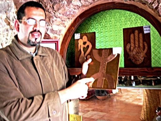 Medina de Coco Polizzi à Agadir : merveilleuses plaquettes de cuivre repoussé
