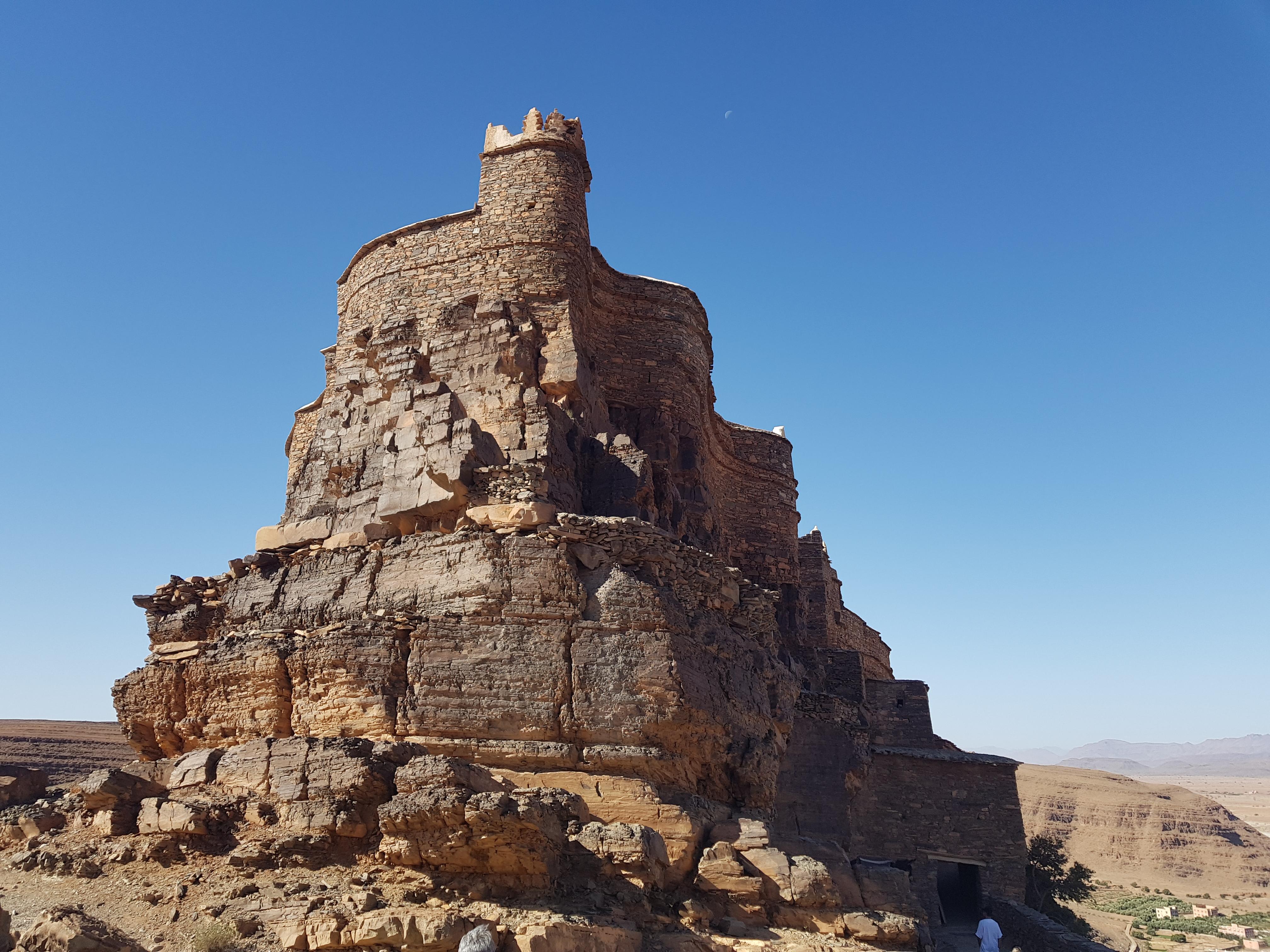 Amtoudi et ses greniers fortifiés